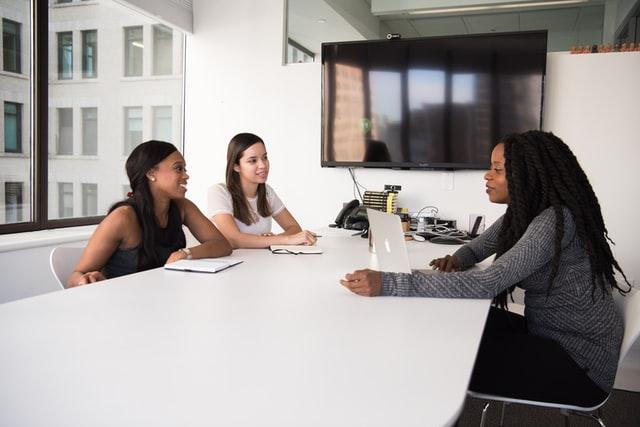 Engaging Passive Candidates: 4 Key Strategies